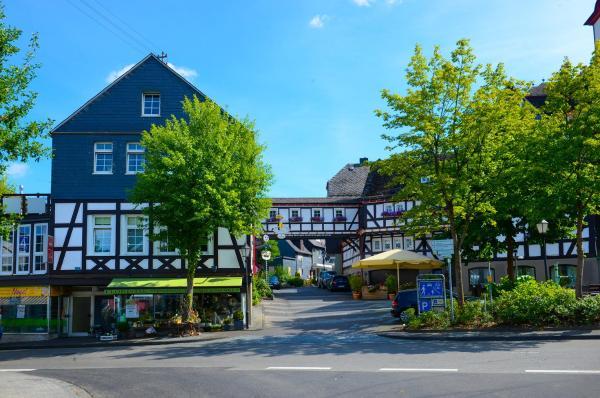 Hotel Pictures: Hotel Gasthof Koch, Daaden