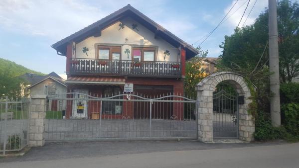 Hotelbilleder: Apartment Kanton Sarajevo, Miševići