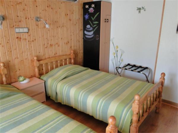 Hotel Pictures: Chambres d'hôtes 1 2 3 Soleil, Saint-Péray