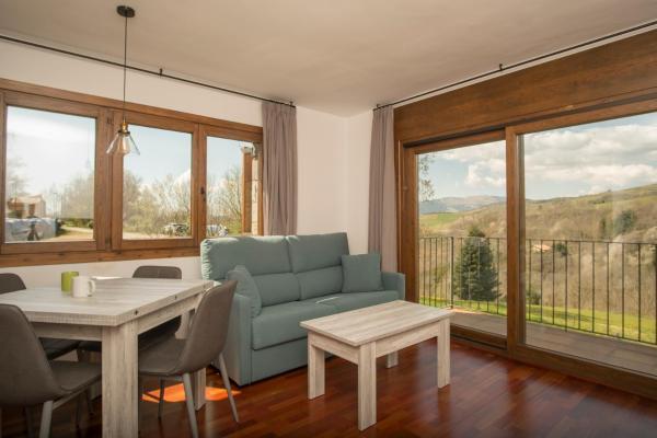 Hotel Pictures: Apartaments Calitxo, Molló