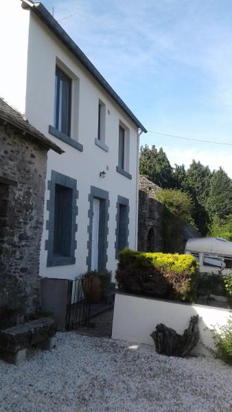 Hotel Pictures: Kerguillaume, Mur-de-Bretagne