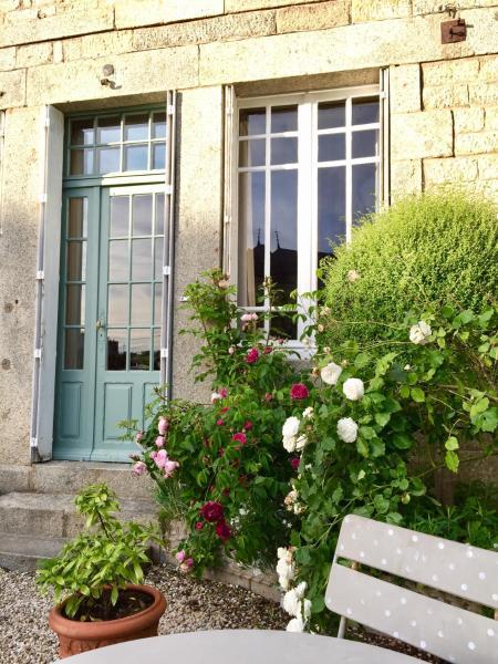 Hotel Pictures: B&B - Maison du Porhoet, La Trinité-Porhoët