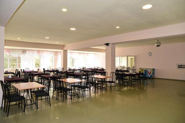 Hotellikuvia: Voske Getak Hotel, Agveran