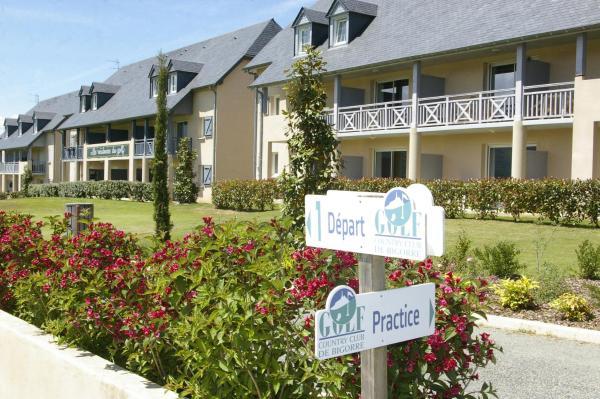 Hotel Pictures: Le Domaine du Golf Country Club de Bigorre, Pouzac