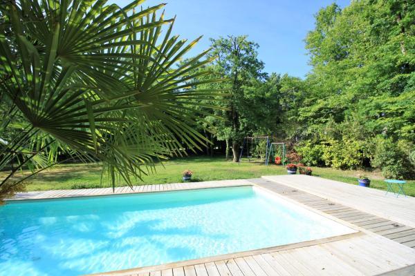 Hotel Pictures: Villa du Golf Bordeaux-Cameyrac, Saint-Sulpice-et-Cameyrac