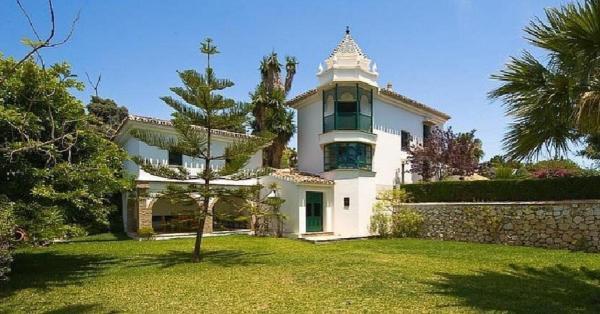 Hotel Pictures: Home Suite Costa del Sol. Villa Daniella, Santa Fe de los Boliches