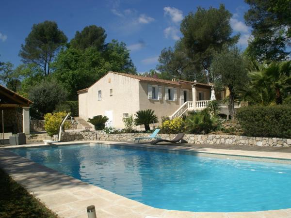 Hotel Pictures: Villa - Roquefort-les-Pins, Roquefort-les-Pins