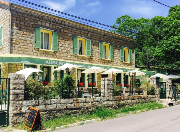 Hotel Pictures: Auberge La Chataigneraie, Evisa