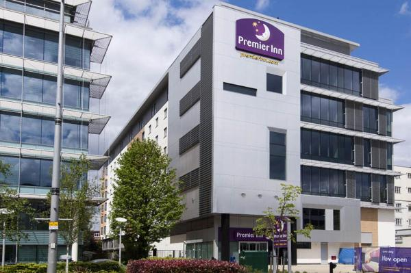 Hotel Pictures: Premier Inn London Ealing, Brentford