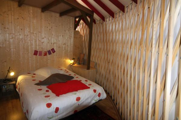 Hotel Pictures: Camping du Buisson, Saint-Martin-d'Uriage