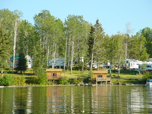 Hotel Pictures: Cottonwood Bay Resort, Bridge Lake
