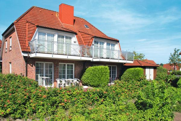 Hotel Pictures: 'Strohus'o.'Wattenkieker' (120), Hooksiel