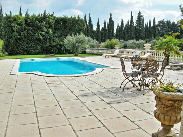 Hotel Pictures: Villa Noves, Noves