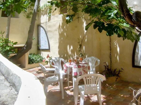 Hotel Pictures: Holiday Home Calle Cebullana Baja, Moratalla