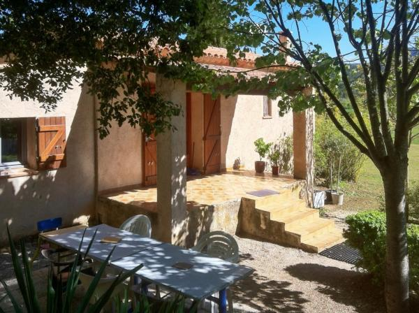 Hotel Pictures: Holiday Home Chemin de Siou Blanc, Signes