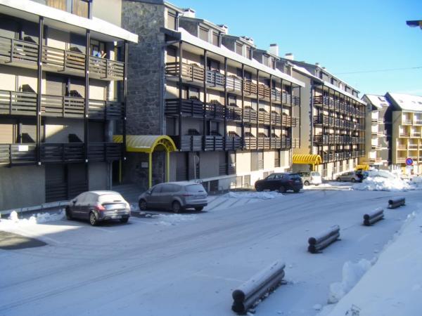 Hotel Pictures: Apartment du Port Biehl, Saint-Lary-Soulan