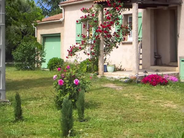 Hotel Pictures: Holiday Home Route de Campolidori - Campolidori, Ghisonaccia