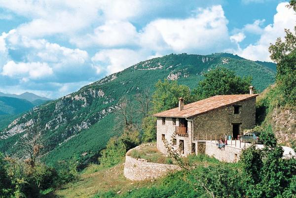 Hotel Pictures: Casa La Maso (110), San Miguel de Pera