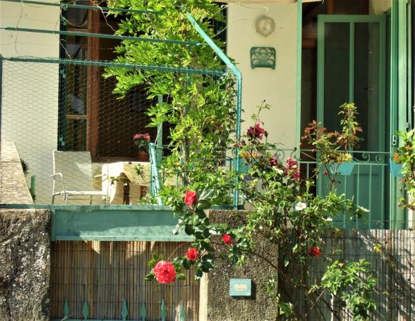 Hotel Pictures: Holiday Home Rue du Pont, Bourdeaux