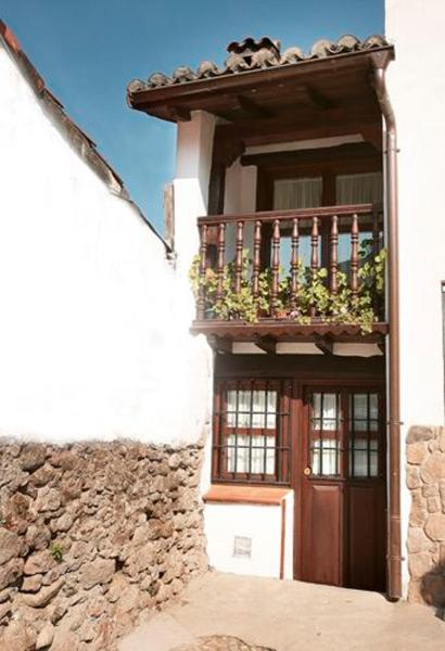 Hotel Pictures: Holiday home Plaza de Extremadura, Cabezuela del Valle