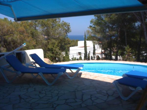 Hotel Pictures: Villa Avinguda de Cala Llenya, Cala Llena