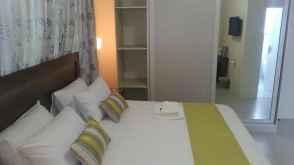 Hotel Pictures: First Avenue Guest house, Gaborone