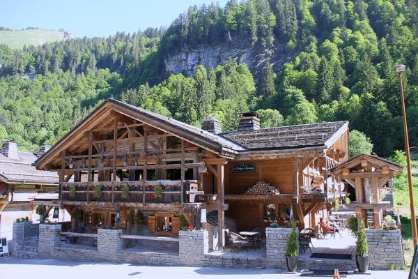 Hotel Pictures: Chalet Route d'Ardent, Montriond