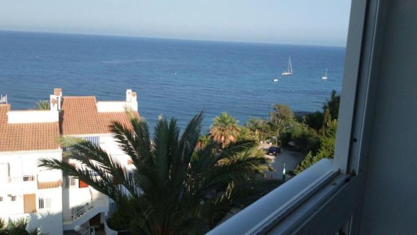 Hotel Pictures: Apartment Av. de la Almadraba, El Campello