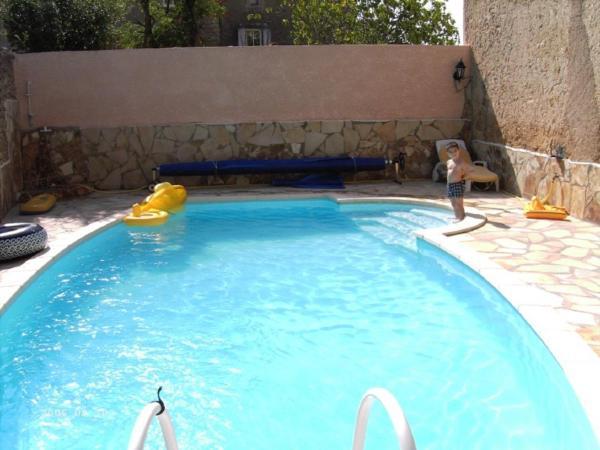 Hotel Pictures: Holiday home Rue du Lirou, Puisserguier