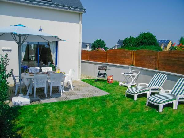 Hotel Pictures: Holiday home Rue de Pen Vraz, Plougoumelen
