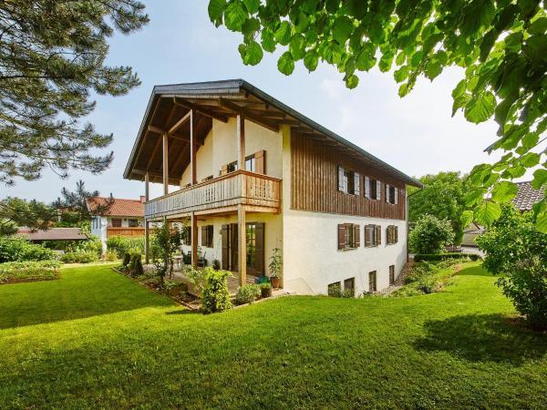 Hotel Pictures: Sonne in Gasteig, Unterneukirchen