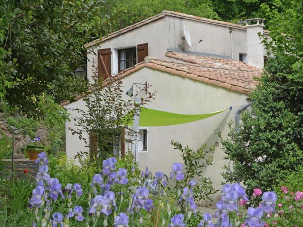 Hotel Pictures: Maison de Fleurs, Saint-André-de-Majencoules