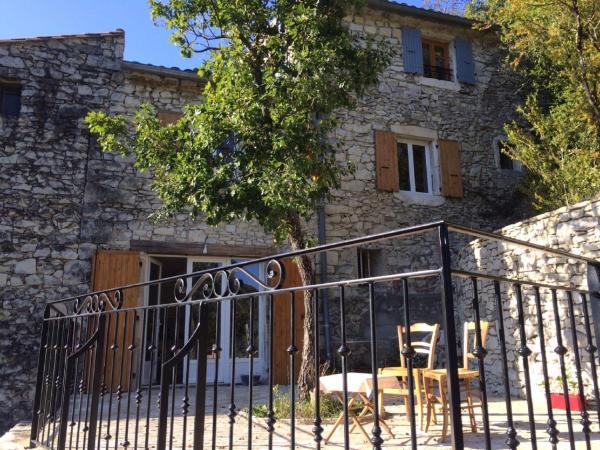 Hotel Pictures: Maison de Vacances - Dans la Drome, La Paillette