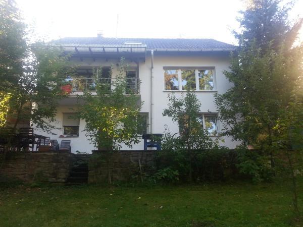Hotelbilleder: Ferienwohnung Idylle am Waldrand, Neuhausen
