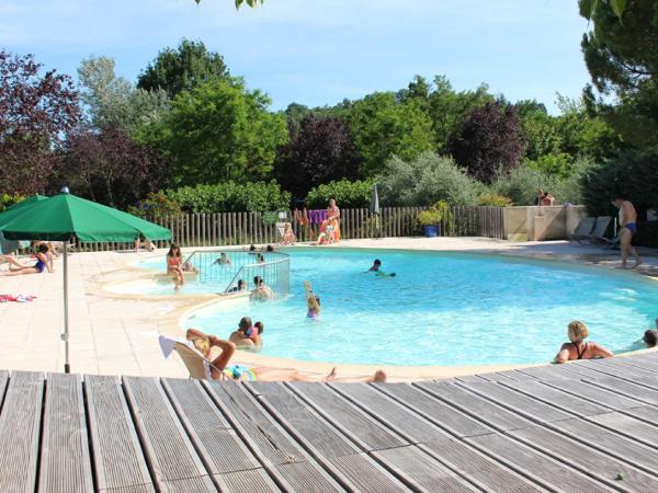 Hotel Pictures: Indigo Forcalquier, Forcalquier