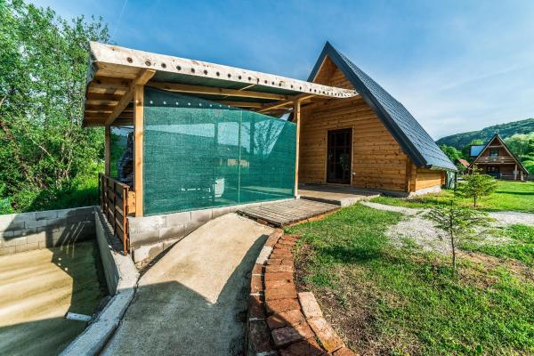 Фотографии отеля: Holiday Home Una Nejla, Donje Lohovo