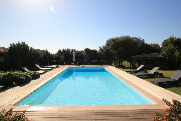 Hotel Pictures: Appartement Pozzo di Mastri, Figari