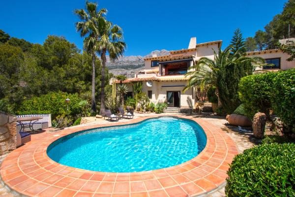 Hotel Pictures: Abahana Villa Violeta, Altea