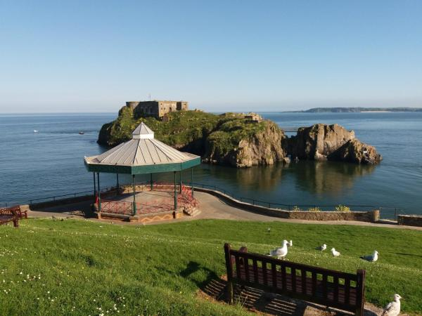 Hotel Pictures: Osnok B&B, Tenby