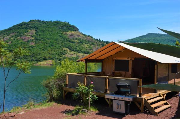 Hotel Pictures: Camping le Mas de Riri, Celles