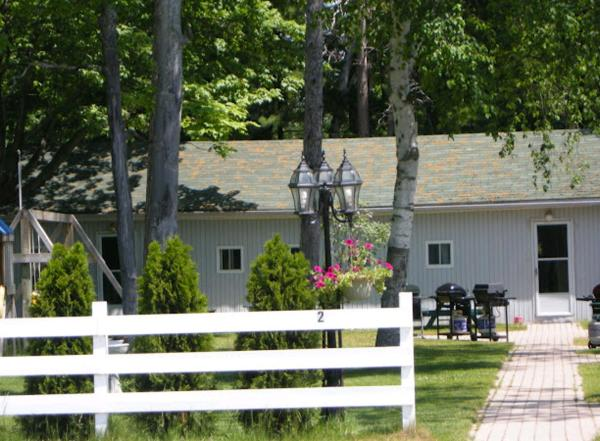 Hotel Pictures: Birch Haven by the Beach, Wasaga Beach
