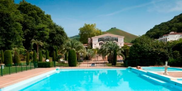 Hotel Pictures: , Cambo-les-Bains