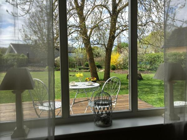 Hotel Pictures: Kristi Holiday Home, Loo