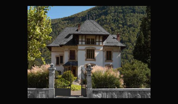 Hotel Pictures: villa de Maître Martigny CH, Martigny-Ville