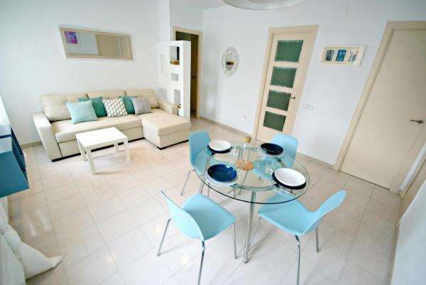 Hotel Pictures: Apartamento Manent Primero, Premiá de Mar