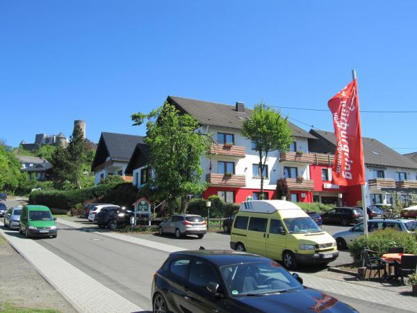 Hotelbilleder: Land-gut-Hotel zur Burg Nürburgring-Eifel, Nürburg