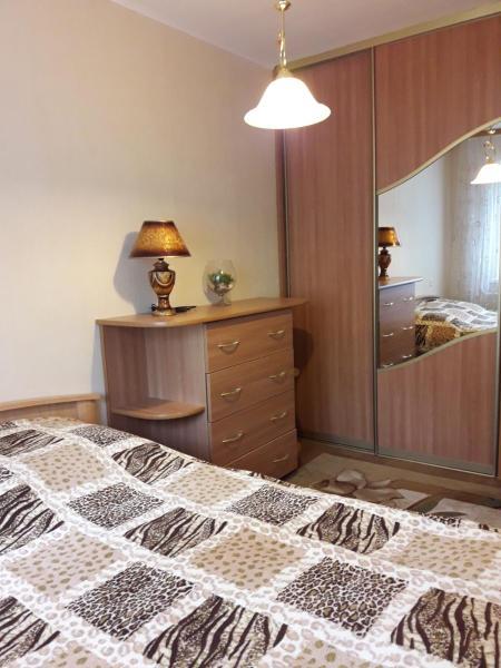 Hotel Pictures: Apartment on Molodezhnaya 39, Navapolatsk