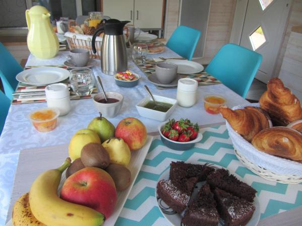 Hotel Pictures: Chambres d'Hotes La Canadienne, Sarreguemines