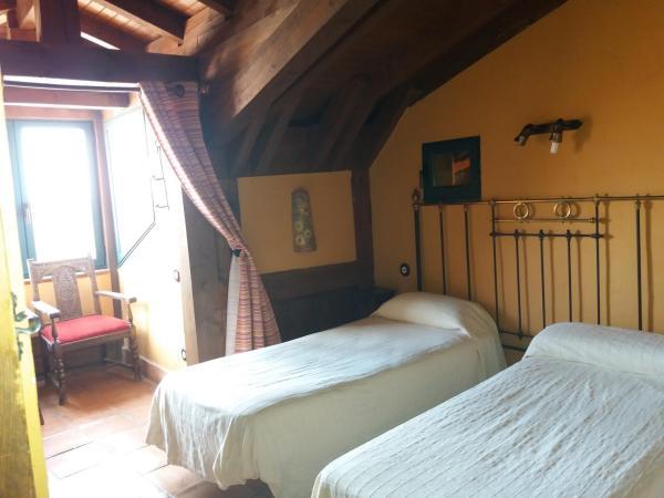 Hotel Pictures: Casa rural la felicidad de la tierra, Torija