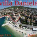 Villa Daniela, Okrug Gornji
